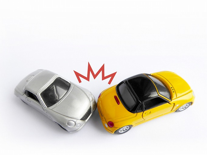 交通事故に遭ってしまったら、早めにご相談ください